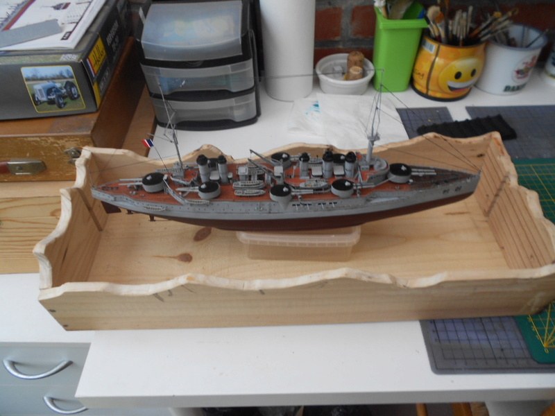[HOBBY BOSS] CONDORCET - 1/350 - un bateaux français le Condorcet  - Page 3 Socle_11