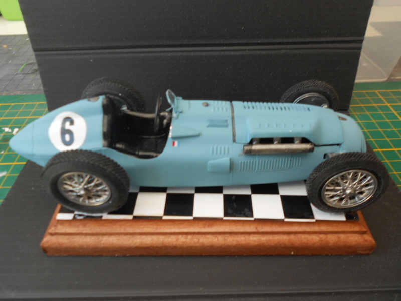 Talbot Lago GP 1/24 Heller  - Page 2 Talbot65