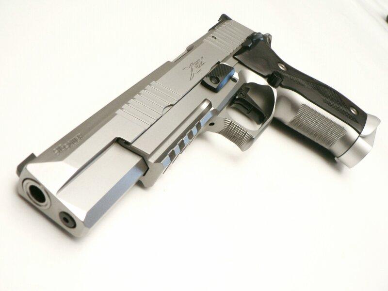 Quel Pistolet vous ferait plaisir! - Page 4 365d5110