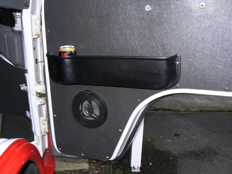 Front Door Pockets/Cup Holder Install - EASY/MEDIUM P1010911