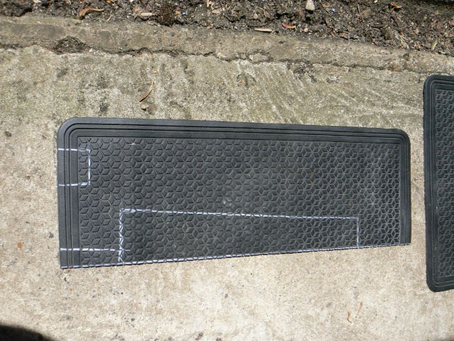 wheel - Wheel arch rubber mat install - EASY Slidea12