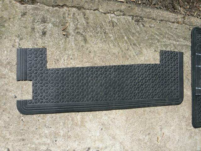 wheel - Wheel arch rubber mat install - EASY Slidea13