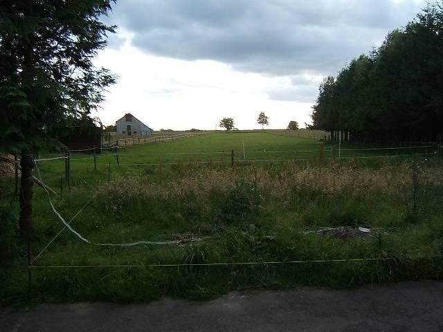 ferme a vendre avec et sur 2 hectares 6ares Maison16