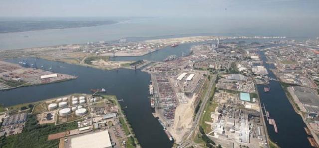 Le port du Havre Le_por10