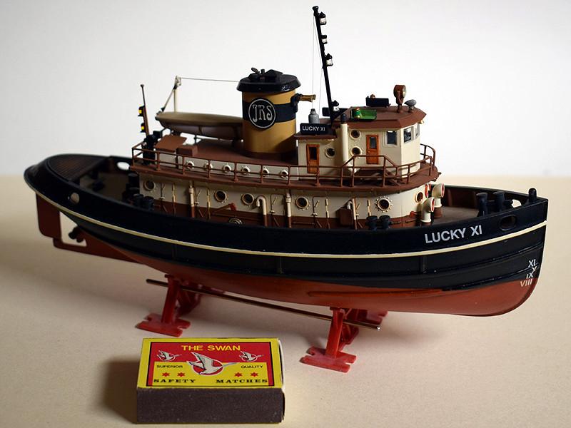 Harbour Tug Boat / Revell, 1:108* Tug_0319