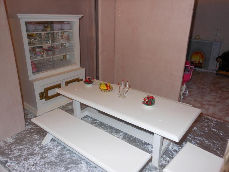 Dollhouse par Cléopâtre Dscn2315