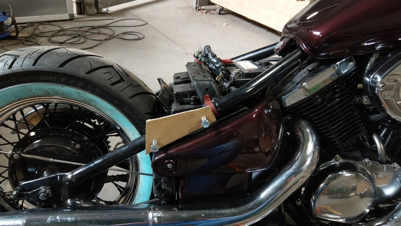 800 VN - creation support de selle pour selle blue collar  Imag3010