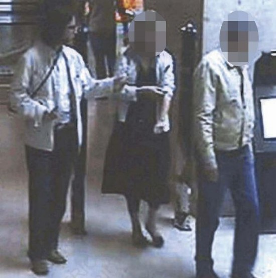 'Suspect/Sighting of the Day': A list of known suspects in the Madeleine McCann case - Page 2 Cctv-f10
