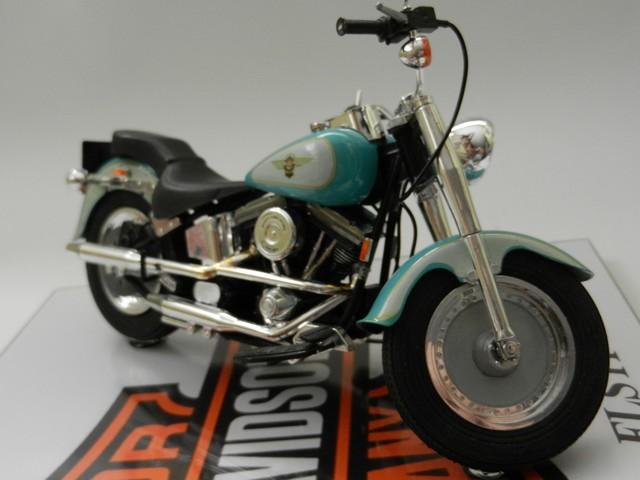 Moto Harley-Davidson - Modèle FLSTF Fat Boy 00714