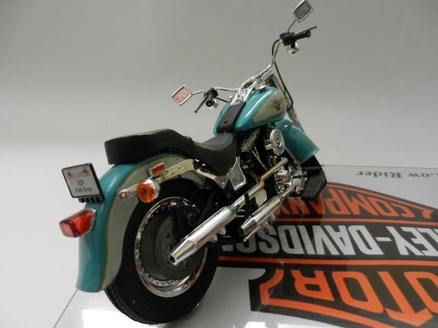 Moto Harley-Davidson - Modèle FLSTF Fat Boy 00814