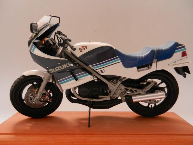 Moto Suziki RG250T 01211