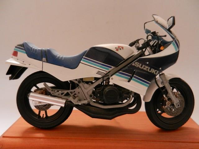 Moto Suziki RG250T 01311