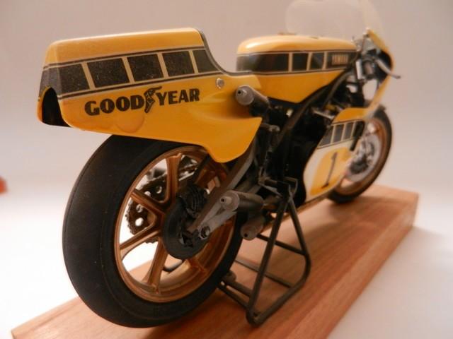 Moto Yamaha YZR500 Version Grand Prix 01510