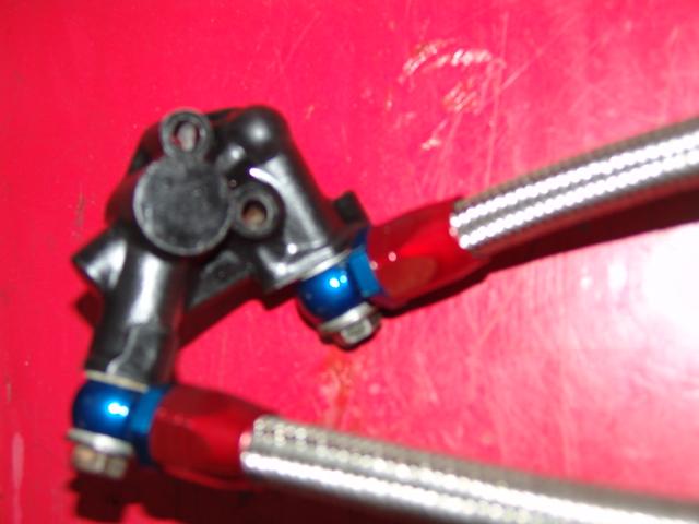 radiateur d'huile sur 1000J Dsc05417