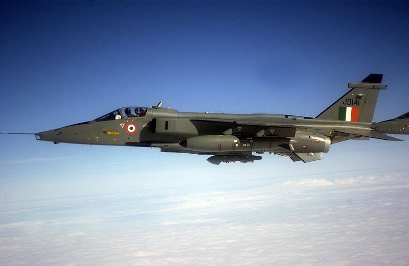 Avion de combat européen 800px-10