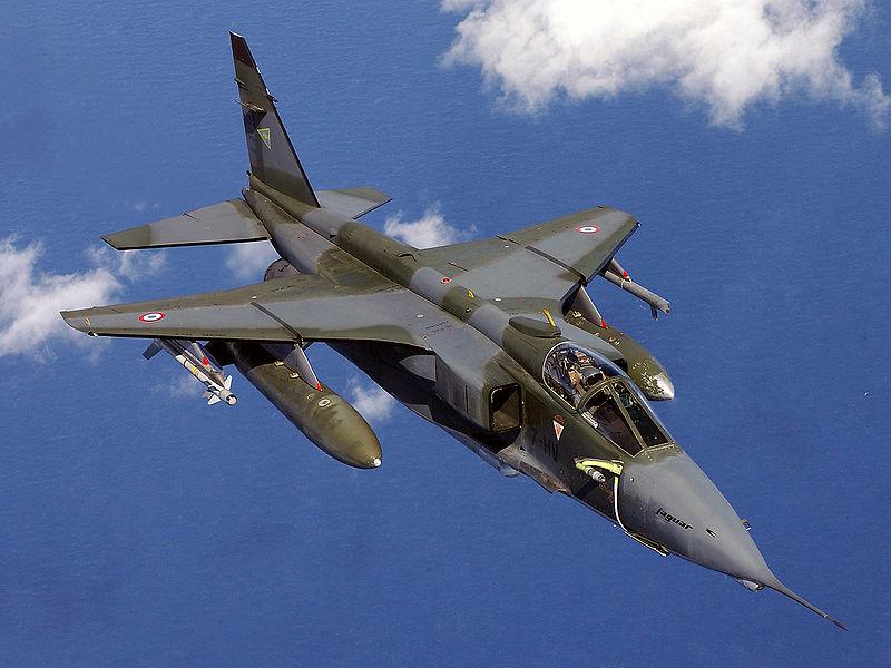 Avion de combat européen 800px-11