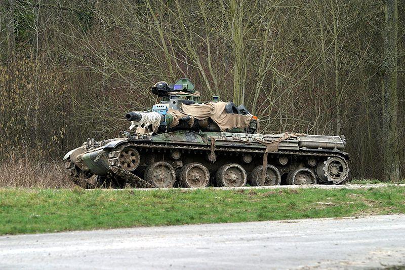 Char de combat français 800px-18