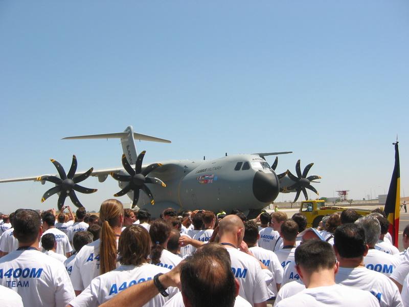 Avion de transport militaire européen  Airbus10
