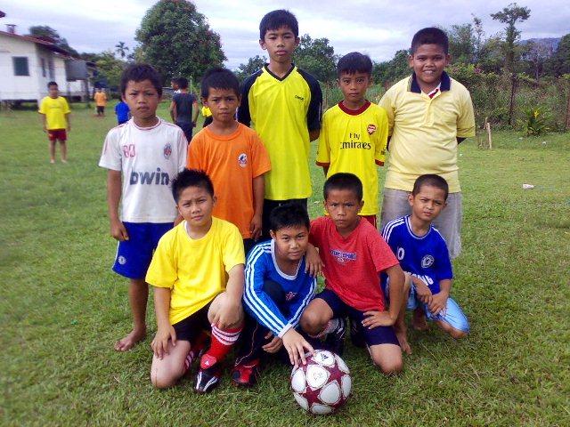 Pertandingan Bola Sepak & Bola Jaring Tahun 4 & 5 (3nov10) 03112011