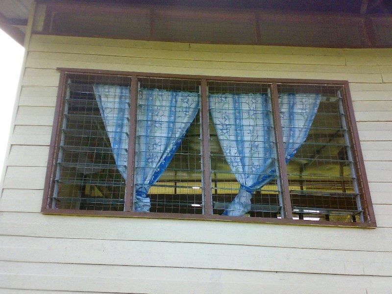 Bangunan sekolah yg perlu dibaiki 12022014