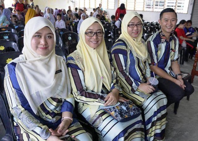 Majlis Kecemerlangan & Graduasi Tahun 6 (23nov2017) Photo_30