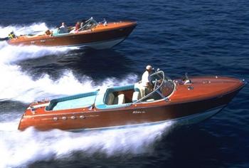 Classic Sportboot von Aeronaut ohne Maßstab Riva_a10