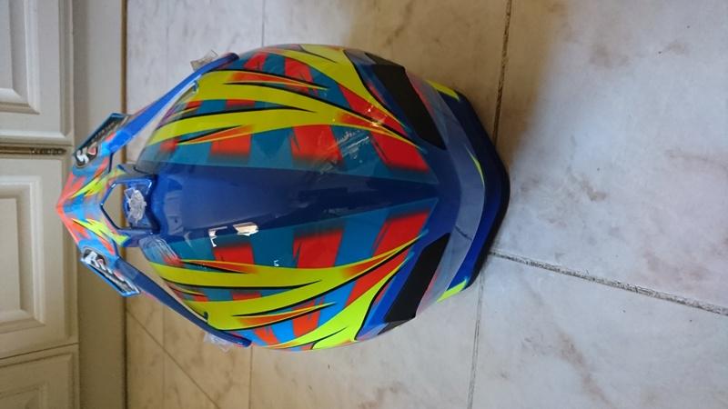Vends casque Terminator 2.1 carbon Dsc_0614
