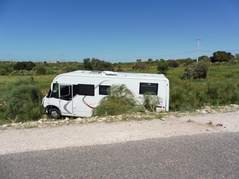 [Carburant, Routes, Police] ! R301 entre Safi et Essaouira P1020510