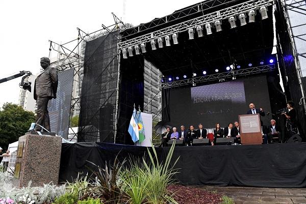 La Plata: Senado rindió homenaje a Raúl Alfonsín. _6194010