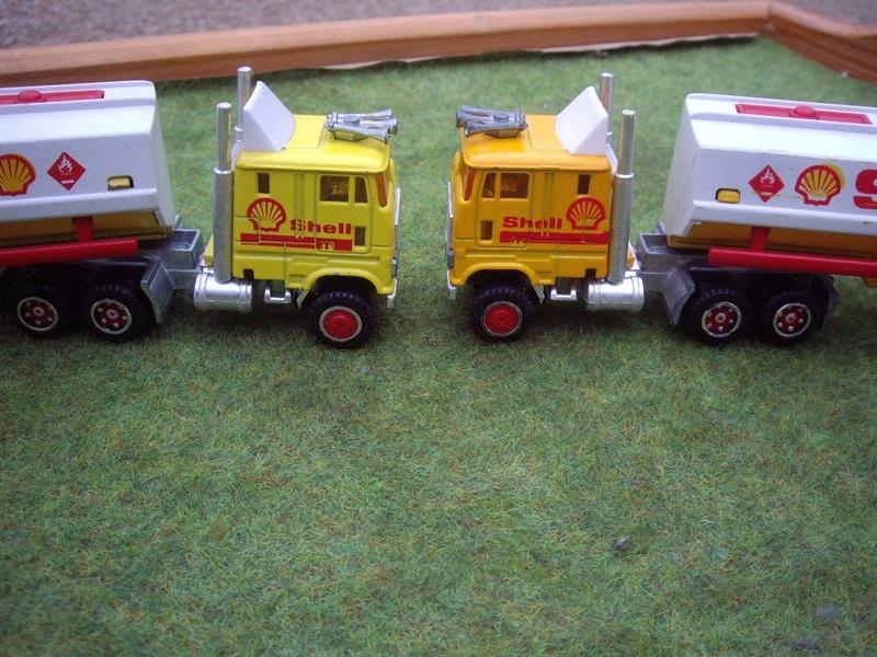 N°605 Ford + Semi Bi-Train Citerne   Imgp7911