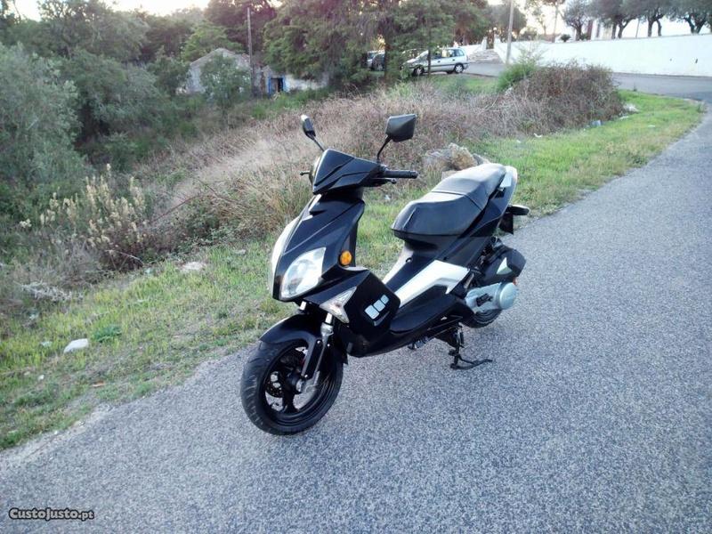 Ajuda a compra de primeira moto (125cc) 57907310