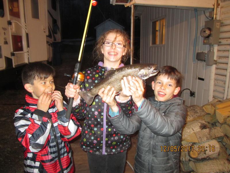 Des enfants heureux Img_1610