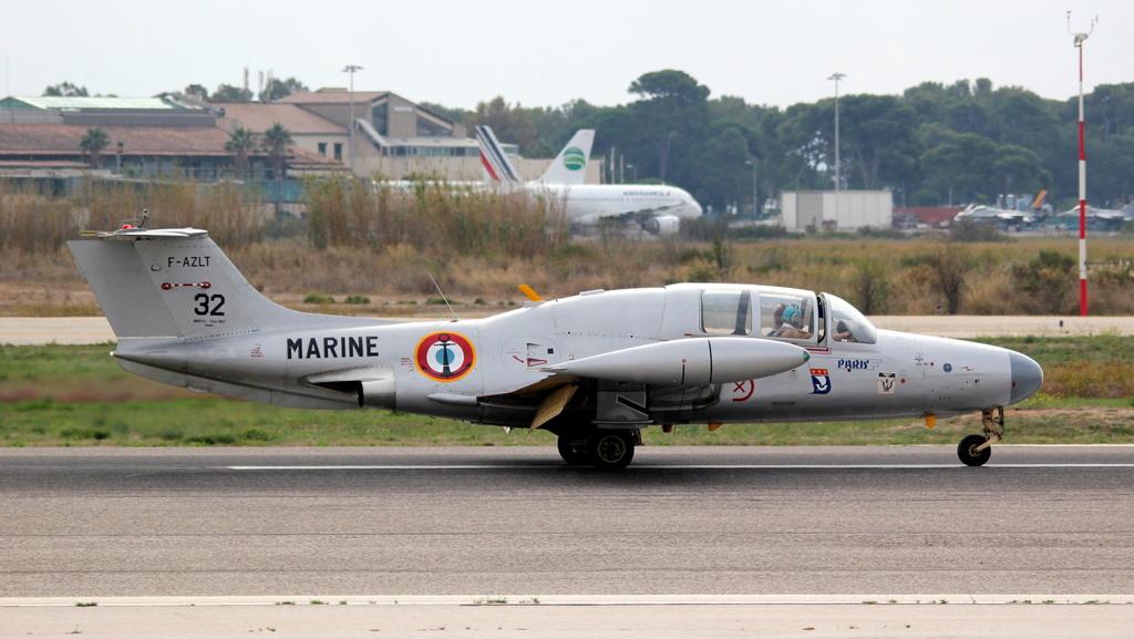 [ Aéronavale divers ] Morane-Saulnier MS.760 Paris Img_7720