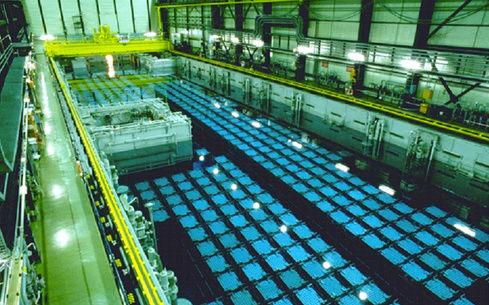 Greenpeace sur Seine et la France du nucléaire - Page 5 5_edf_10