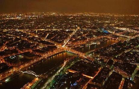 Greenpeace sur Seine et la France du nucléaire - Page 6 5_pari10