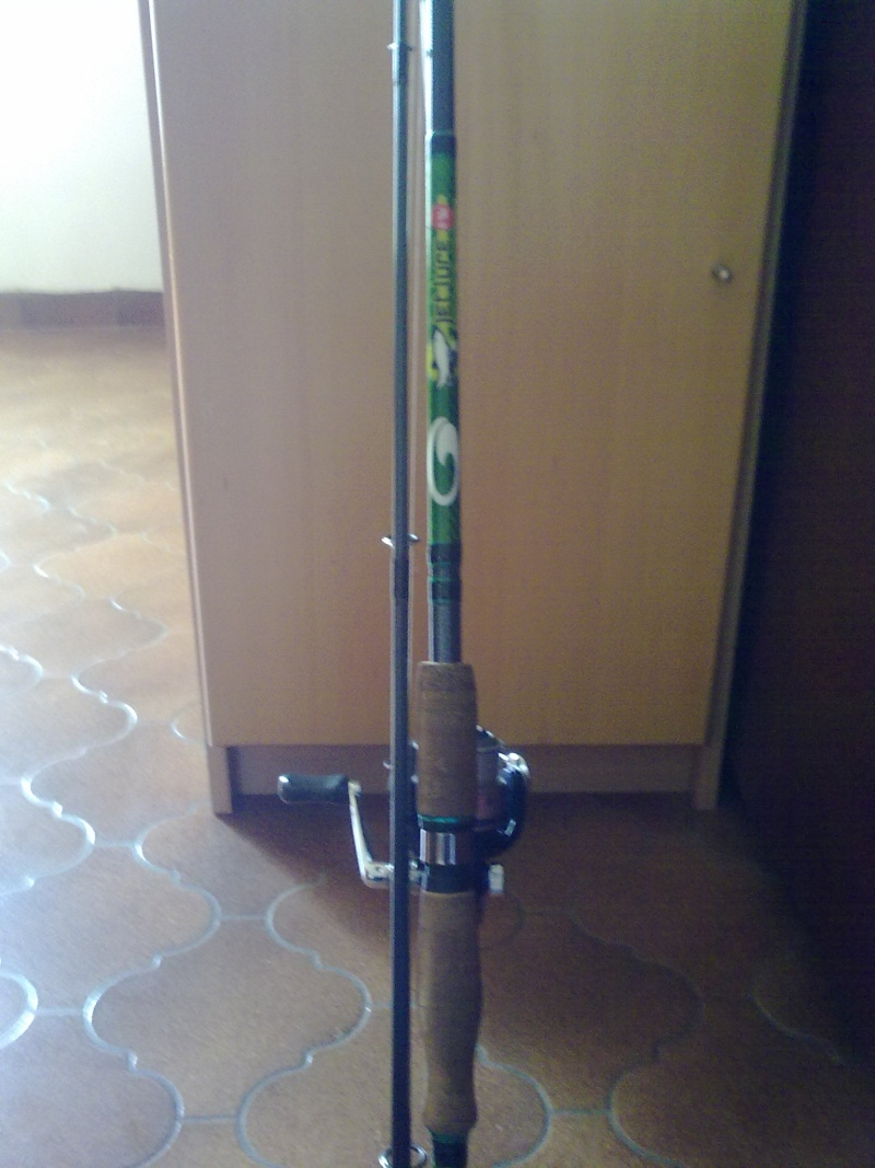 Canne Garbolino jetlure fw ;2,4m;15-50grs+ moulinet shimano nexave 2500 12032011