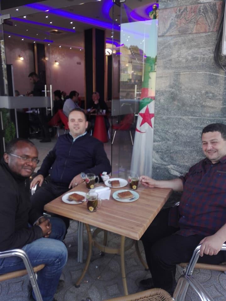 Oran 09 mai 2018:  Excellent après-midi avec mes amis Yousri et Boubakeu 10234