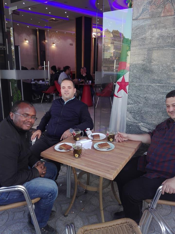 Oran 09 mai 2018:  Excellent après-midi avec mes amis Yousri et Boubakeu 10235