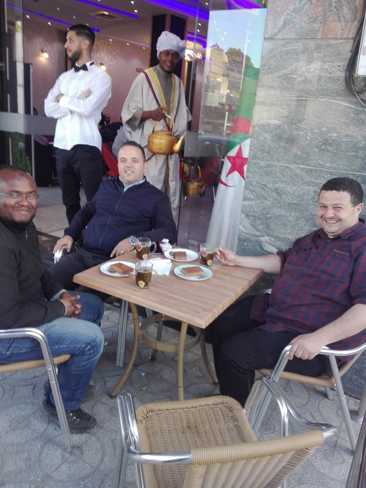 Oran 09 mai 2018:  Excellent après-midi avec mes amis Yousri et Boubakeu 10236