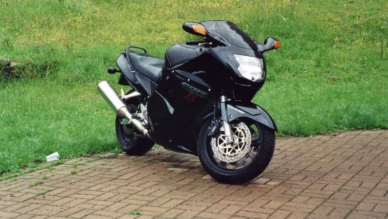 Mes autres motos Cbr10