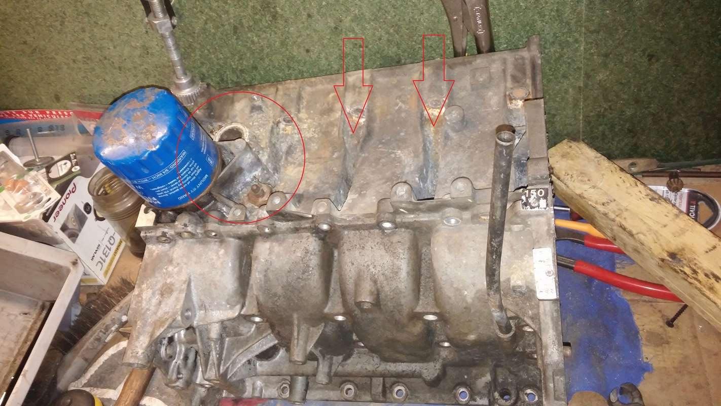 Bloc moteur alu rongé 111