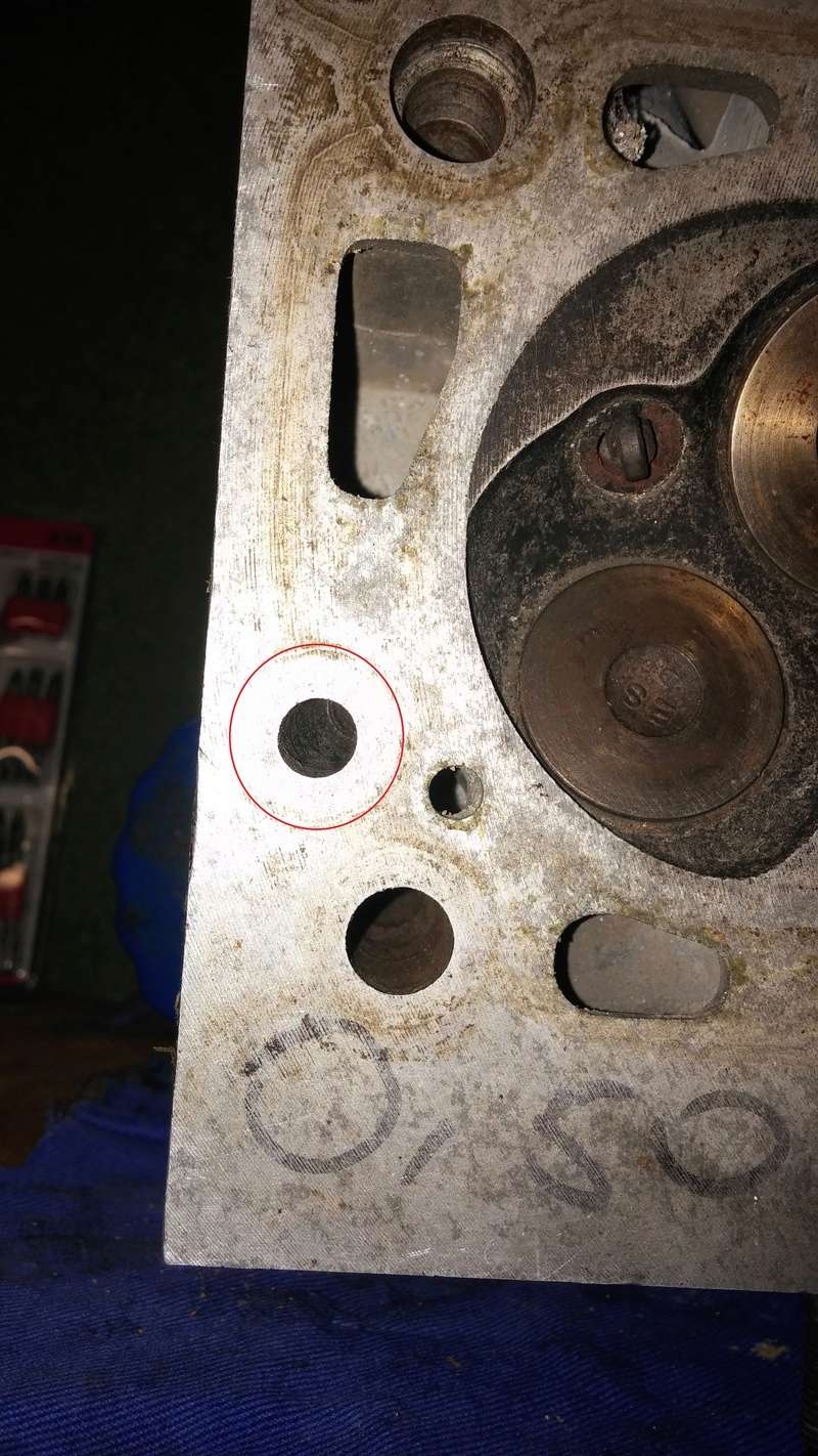 Circuit d'huile 210