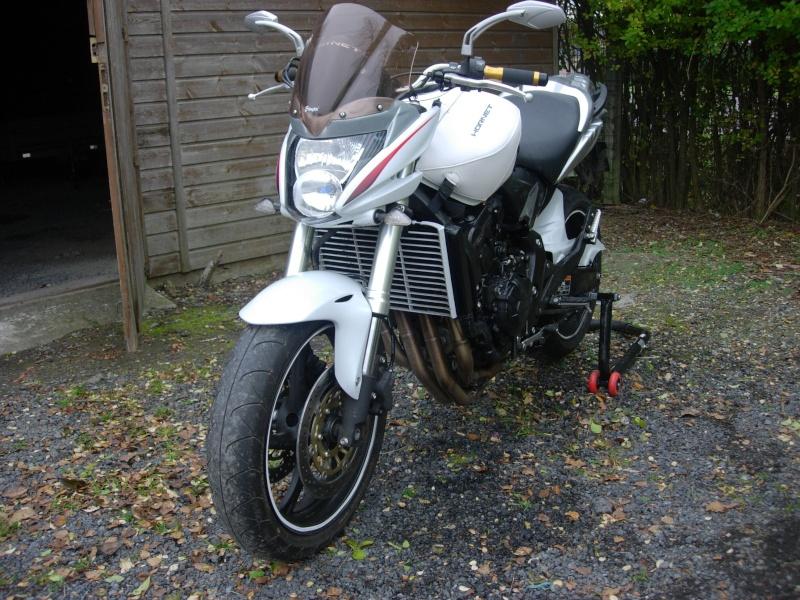 [greglag3dci] CB600 hornet présentation de ma moto  Dscn3911