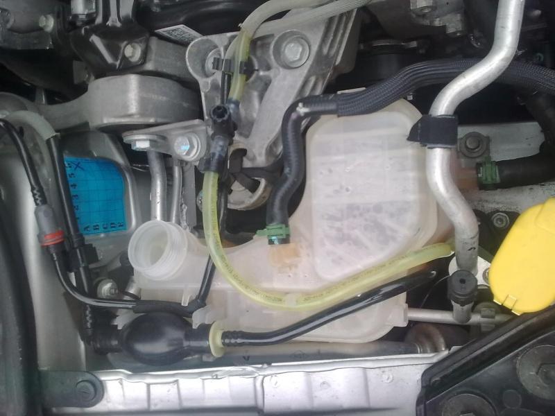 [Tuto] Remplacement liquide de refroidissement  Photo066