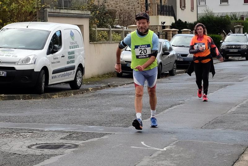 8h Etampes sur Marne entre 2 relais S0032815