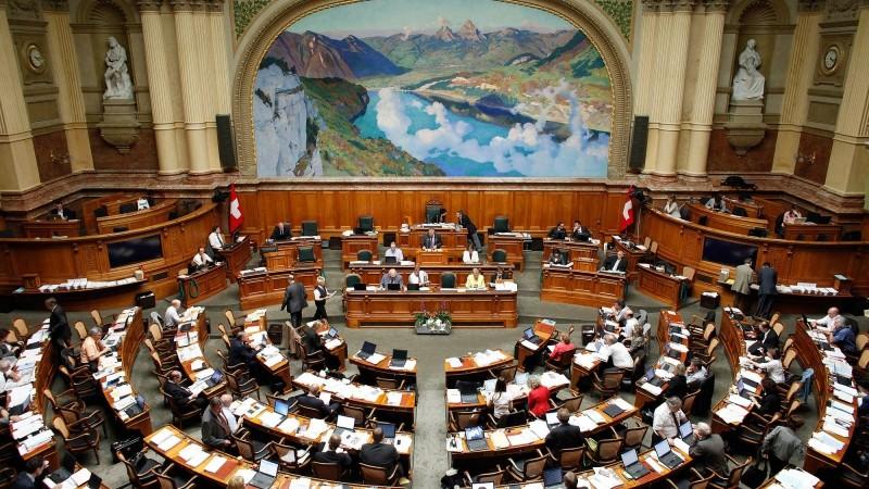 Suisse : le Conseil national veut interdire le financement étranger des mosquées Consei10