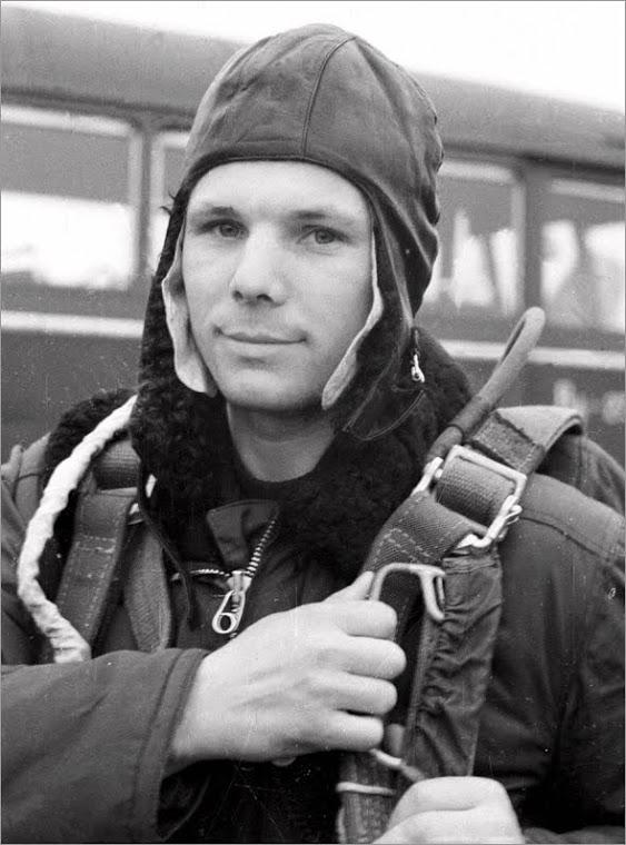 [Jeu] Association d'images - Page 19 Gagari10