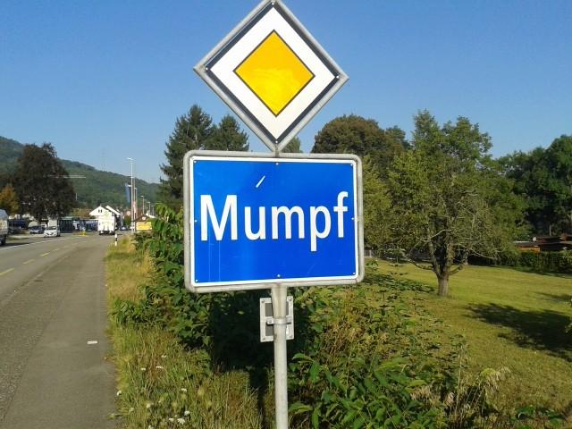 [Jeu] Association d'images - Page 5 Mumpf10