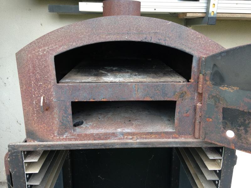 un four à bois en cuisine Img_2318