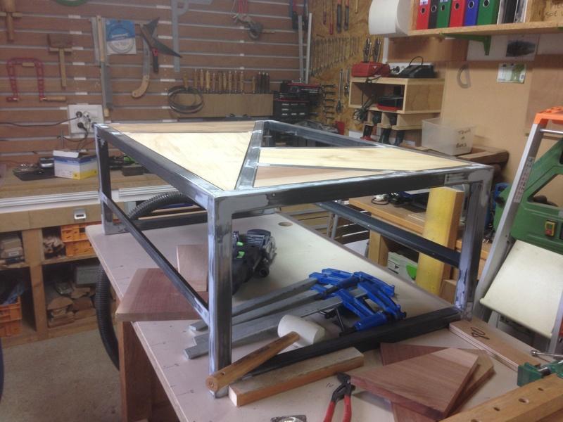 Table basse très basique Img_2712